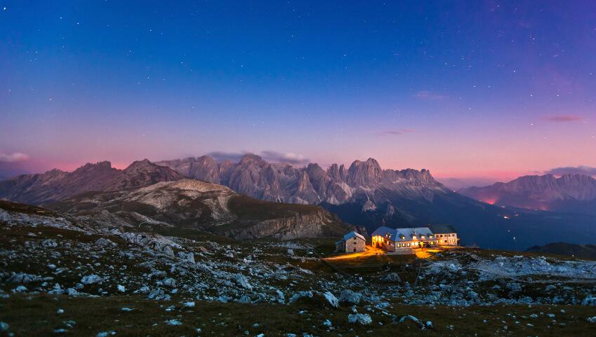 Die Dolomiten sind größte Mountainbike- und Wanderparadies Südtirols