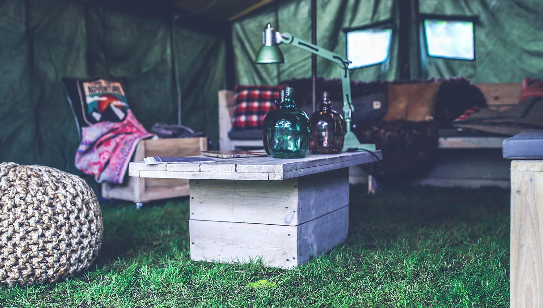 Urlaub im Zelt empfiehlt sich vor allem für Familien mit älteren Kindern
