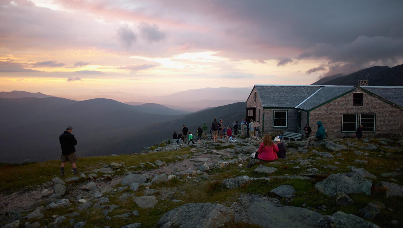 Am Mount Washington können Wanderer in der Lake of the Clouds-Hütte übernachten
