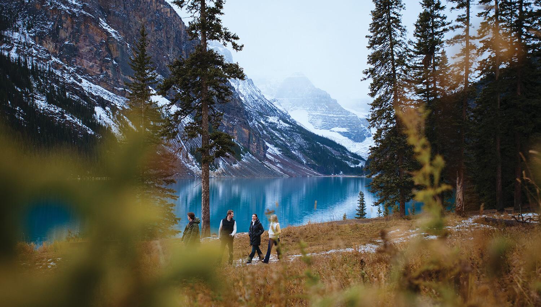 Wanderungen am Lake Louise im bekannten Banff-Nationalpark sind besonders beliebt