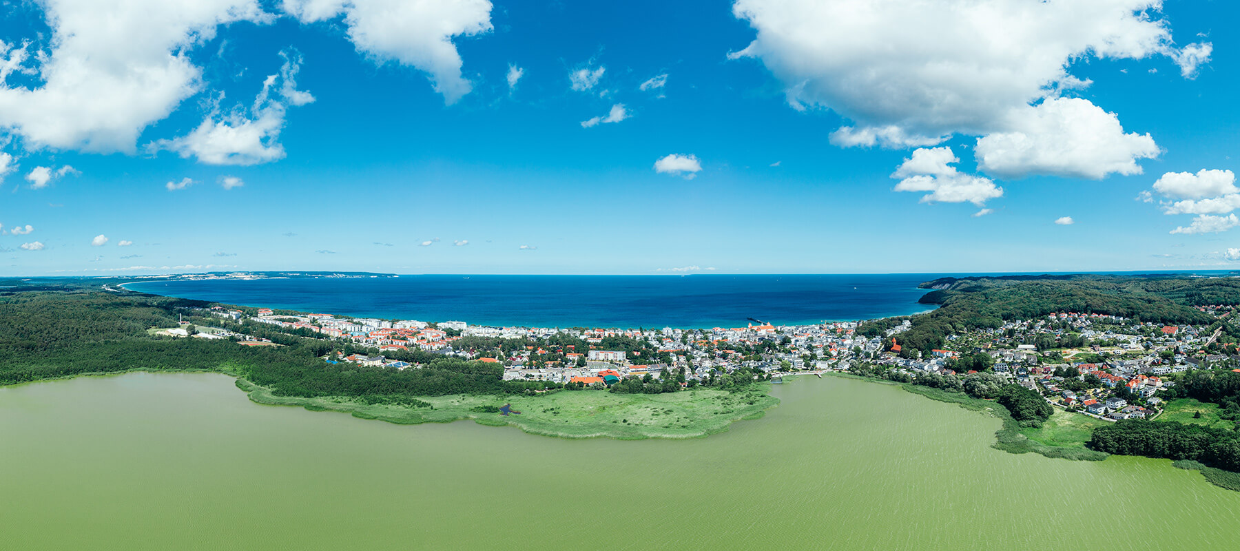 Mecklenburg-Vorpommern: Panorama der Binzer Bucht von oben