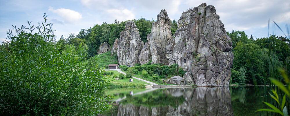 Ausflugsziele in NRW: Externsteine im Teutoburger Wald